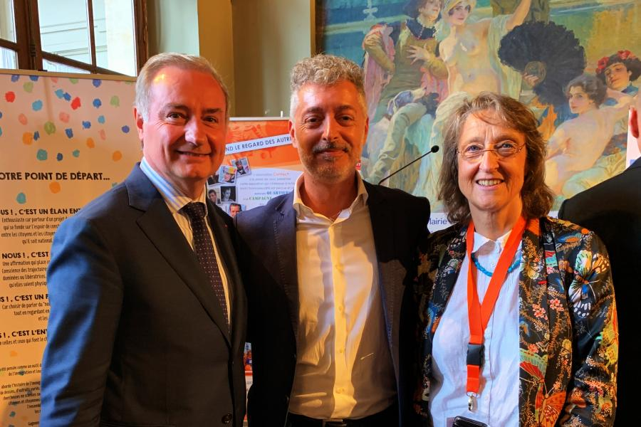 The reelected President of ECCAR, Benedetto Zacchiroli with the Mayor of Toulouse Jean-Luc Moudenc (left) and the Deputy Mayor, Nicole Miquel-Belaud (right)